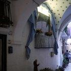 Foarte multe altare și sfinți protectori pe străzi