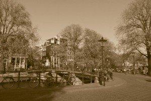 Amsterdam în sepia