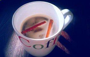 Cafea cu vanilie și scorțișoară