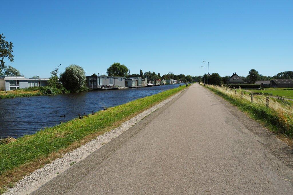 Cu bicicleta spre Broek in Waterland