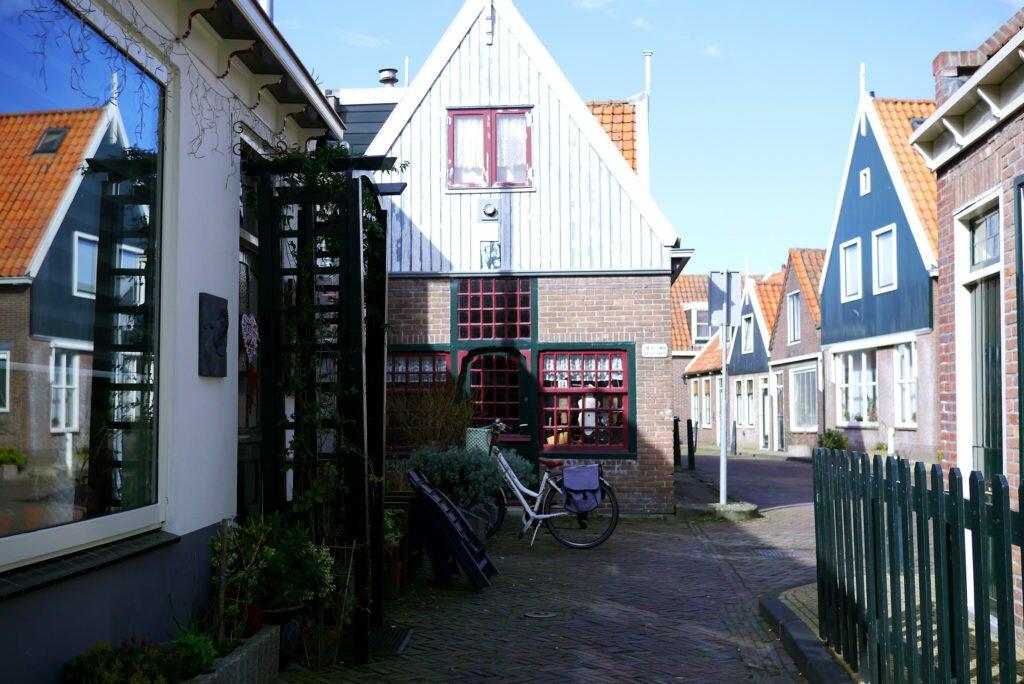 Volendam 03