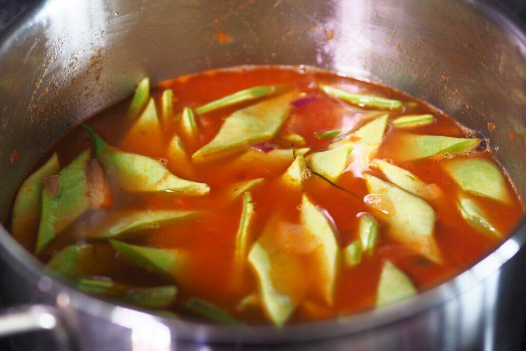 Reteta pastai late cu sos de rosii 01